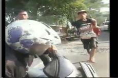 Viral Penjaga Perlintasan Kereta Tindak Biker Nakal