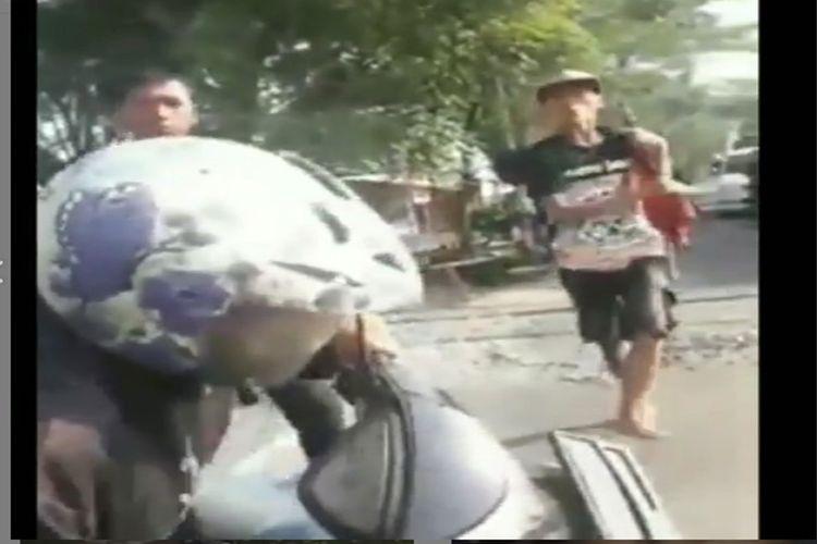 Video viral pemotor ingin terobos perlintasan di Mojokerto