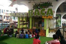 Menengok Taman Baca Masyarakat Kolong di Jalan Layang Ciputat