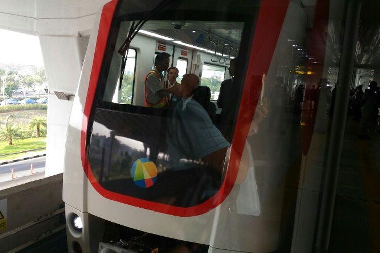 Penampakan skytrain Bandara Soekarno Hatta yang mulai resmi beroperasi Minggu (17/9/2017).