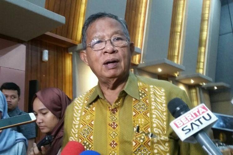 Menko Perekonomian Darmin Nasution di Kantor Kemenko Perekonomian, Kamis (21/6/2018)