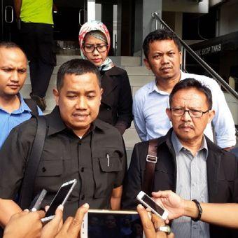 Partai Keadilan dan Persatuan Indonesia (PKPI) akan melaporkan komisioner Pemilihan Umum (KPU) Hasyim Asyari, ke Polda Metro Jaya, Senin (16/4/2018).