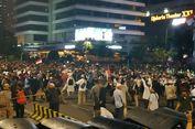Dari Atas Mobil Raisa, Kapolres Jakpus Imbau Massa Demo di Bawaslu Hati-hati