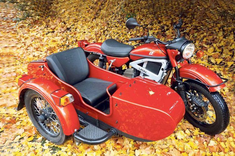 Sepeda motor Ural menghadiran konsep motor listrik