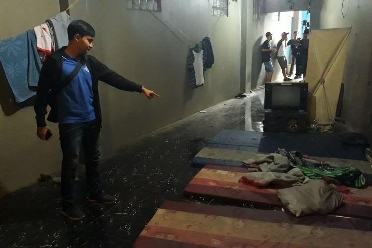 Lokasi penyekapan karyawan sebuah gudang elektronik di Jalan Raya Kalimalang, Pondok Gede, Kota Bekasi, Senin (24/6/2019).
