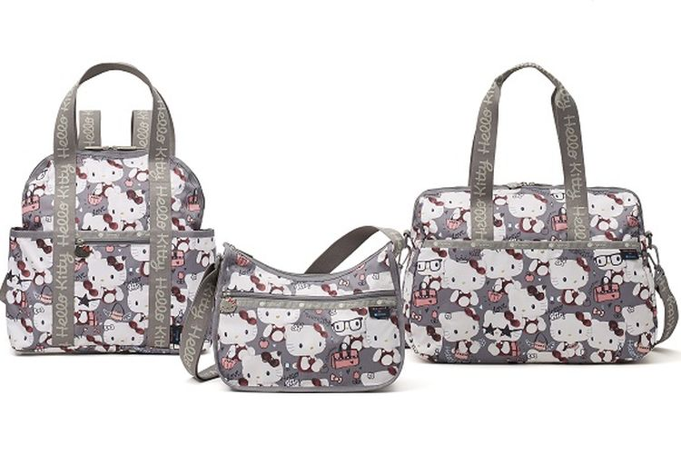 (Kiri) Double Trouble Backpack seharga 20.000 yen, (tengah) Classic Hobo seharga 15.500 yen, (kanan) Harper Bag seharga 18.000 yen