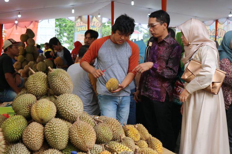 Festival durian bertajuk Wisata Durian di Mall Botani Square Bogor, 20 November - 3 Desember 2017, Minggu (25/11/2017).