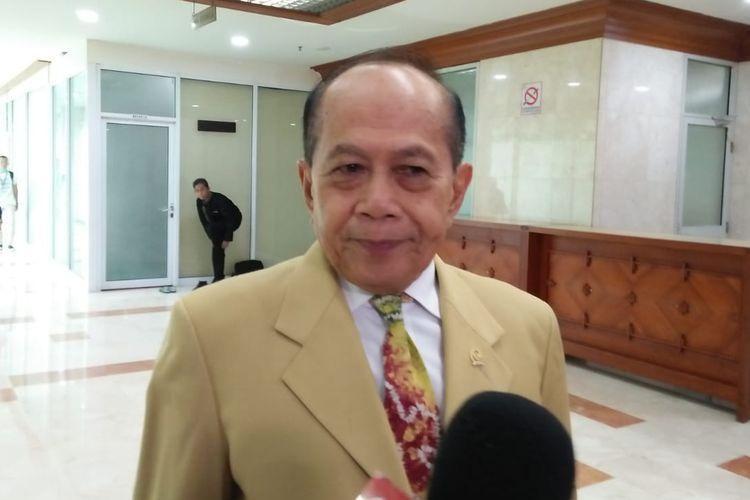 Wakil Ketua Umum Partai Demokrat Syarief Hasan di Kompleks Parlemen, Senayan, Jakarta, Rabu (12/6/2019)