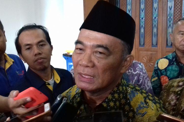 Menteri Pendidikan dan Kebudayaan (Mendikbud) Muhadjir Effendy saat menghadiri Sarasehan Kebangsaan Pra Tanwir Muhammadiyah di Universitas Muhammadiyah Malang (UMM) Kamis (7/2/2019).