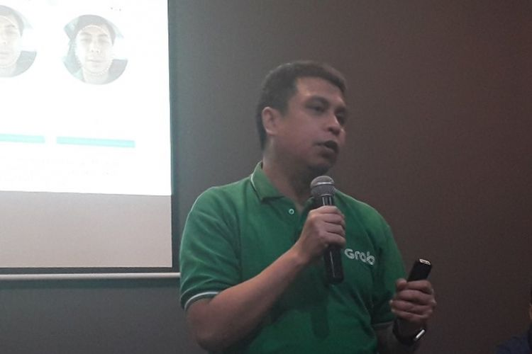Managing Director Grab Indonesia Ridzki Kramadibrata dalam konferensi pers di Kantor Grab, Pademangan, Kamis (13/9/2018).