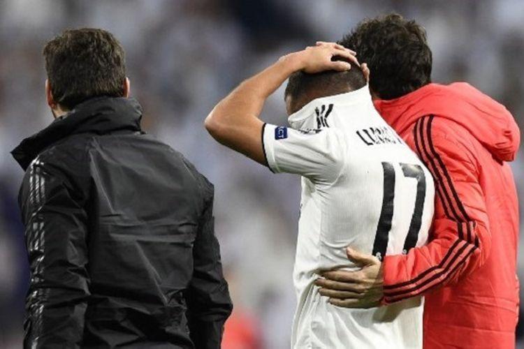 Lucas Vasquez mengalami cedera pada pertandingan Real Madrid vs Ajax Amsterdam di Stadion Santiago Bernabeu dalam babak 16 besar Liga Champions, 5 Maret 2019.