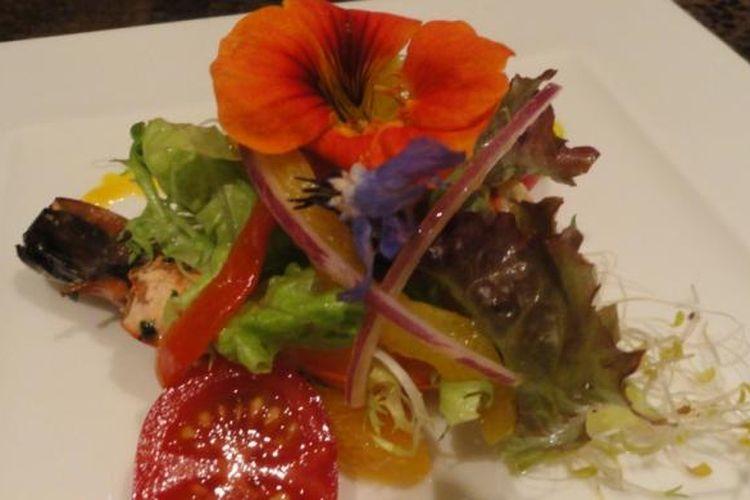 Amuz Gourmet memenangkan dua kategori sekaligus yakni French Cuisine dan Ambience/Romantic Atmosphere.