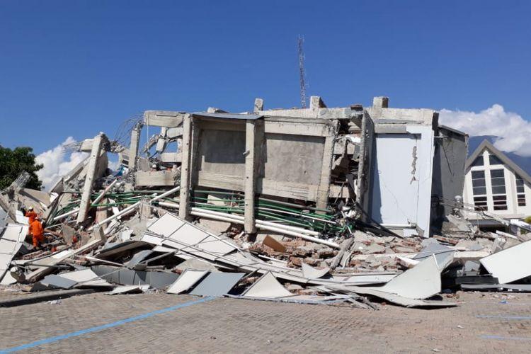 Gempa Dan Tsunami Di Palu Sandiaga Tunda Kampanye Di Sulawesi