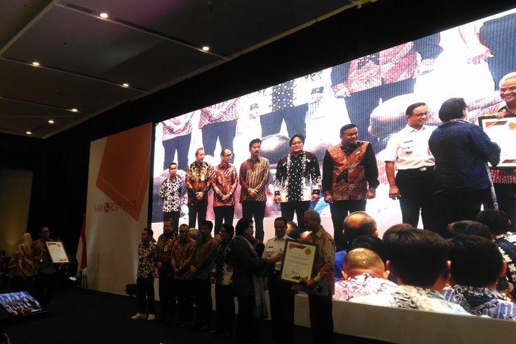 Pemprov Jateng Raih Penghargaan dari KPK, Ganjar Beberkan Kiatnya