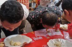 Berani Makan Durian Tanpa Tangan? Ikuti Lomba Ini...