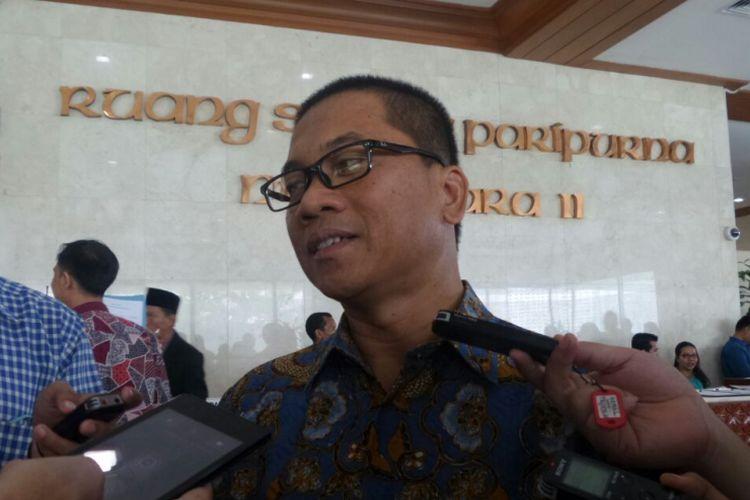 Wakil Ketua Pansus RUU Pemilu  Yandri Susanto di Kompleks Parlemen, Senayan, Jakarta, Selasa (11/7/2017)