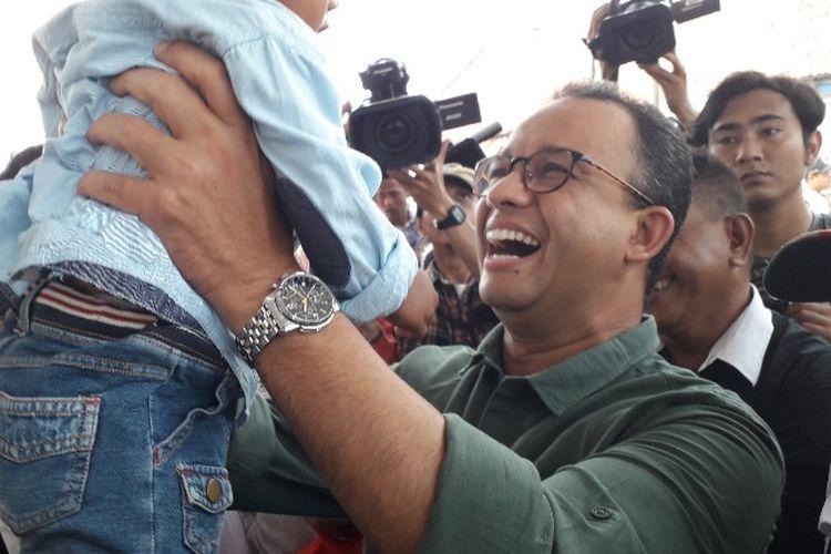 Gubernur DKI Jakarta Anies Baswedan menemui warga Kampung Akuarium, Penjaringan, Jakarta Utara pada Sabtu (14/4/2018)
