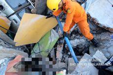 13 Korban Tewas Dievakuasi Tim SAR dari Reruntuhan Perumnas Balaroa