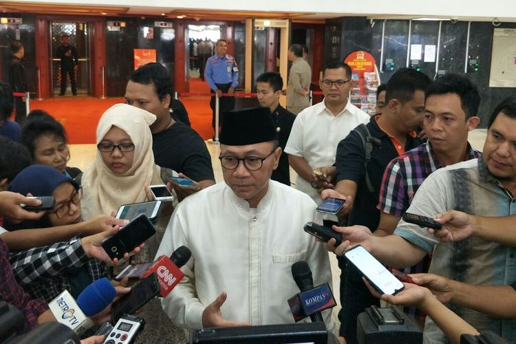 Ketua Umum Partai Amanat Nasional Zulkifli Hasan di Kompleks Parlemen Senayan, Jakarta, Selasa (21/5/2019).