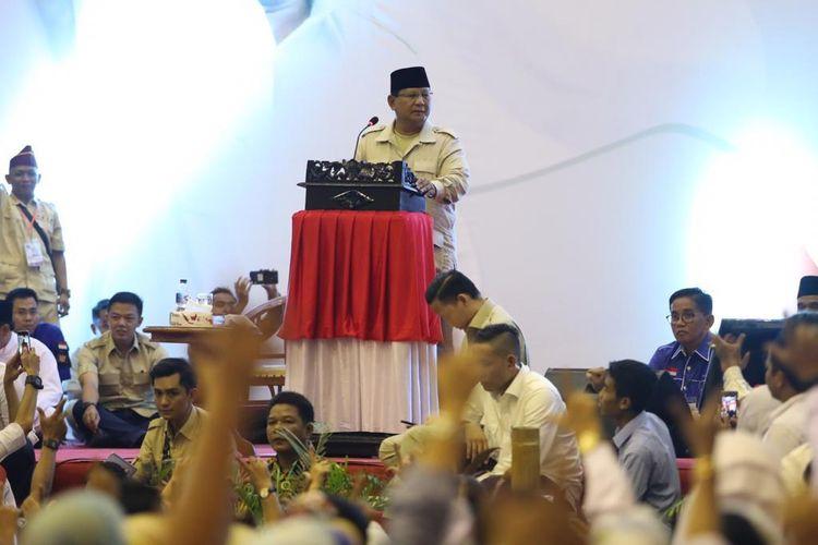 Calon presiden nomor urut 02 Prabowo Subianto saat berkunjung ke Kota Jambi, Kamis (14/3/2019).