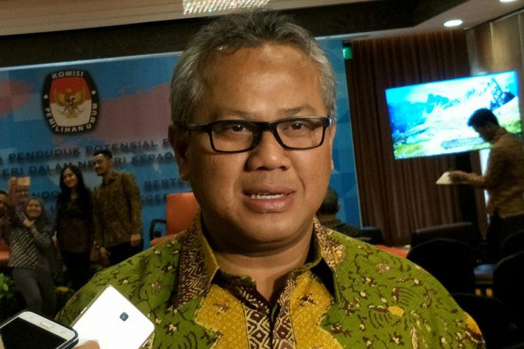 Ketua Komisi Pemilihan Umum (KPU) RI, Arief Budiman ketika ditemui di hotel Borobudur, Jakarta, Jumat, (15/12/2017).