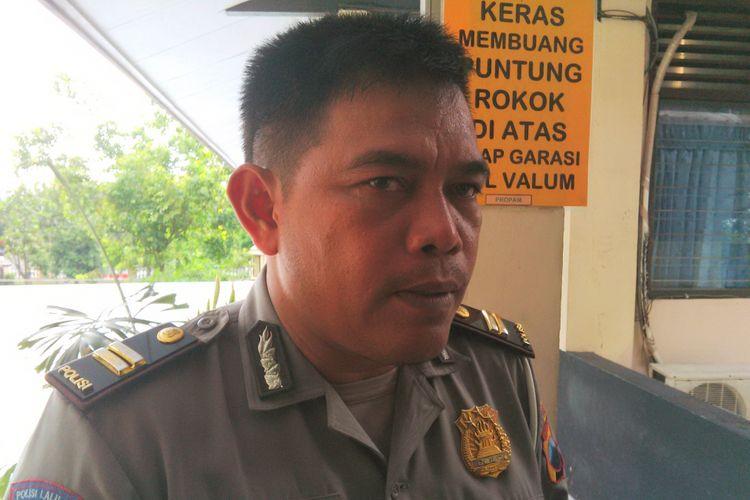 Kepala Urusan Pembinaan Operasi (KBO) Satlantas Polresta Solo, Iptu Bambang Subekti di Solo, Jawa Tengah, Rabu (15/11/2017).