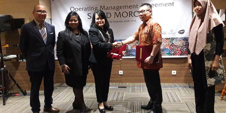 Sahid Molokai Morotai akan beroperasi Agustus 2019. Penandatanganan Operating Management Agreement (OMA) dilakukan oleh Wakil Direktur Utama Sahid Hotels & Resorts Exacty B Sryantoro Sukamdani dengan Direktur PT Harta Asia Pasifik Herman Ongke di Hotel Sahid Serpong, Selasa (9/7/2019).
