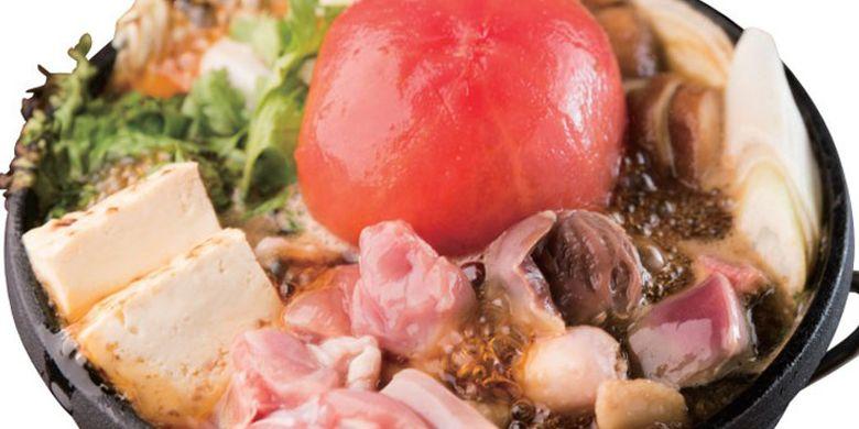 Menu andalan restoran Tosaka-na Dining Gosso cabang Yokohama ini adalah Tomat Sukiyaki seharga 995 Yen per orang (minimal pesanan untuk dua orang).
