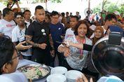Usai Kalahkah Sandiaga, Susi Traktir Makan Para Nelayan