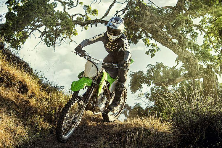 Kawasaki menghadirkan KLX 230R