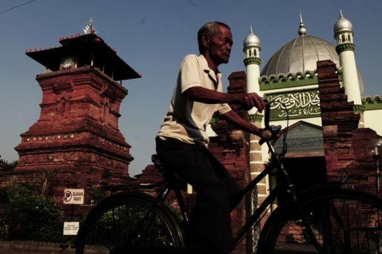 4 Masjid Yang Cerminkan Akulturasi Budaya Di Indonesia Kompas Com