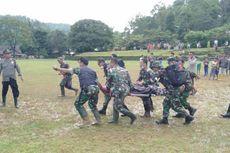 Helikopter Pembawa Bantuan ke Wilayah Terisolir Angkut Korban Longsor