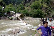 Jembatan Ambrol di Pakistan, 5 Siswa Tewas dan 25 Lainnya Hilang