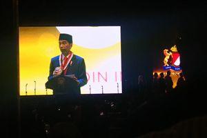 Saat Jokowi Bicara Sulitnya Kelola Negara di Hadapan Sandiaga...