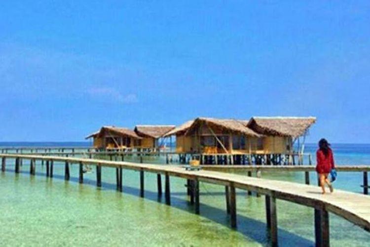 Pulo Cinta yang awalnya hanya gundukan pasir halus di selatan Kabupaten Boalemo, Gorontalo. tempat ini adalah lokasi paling romantis