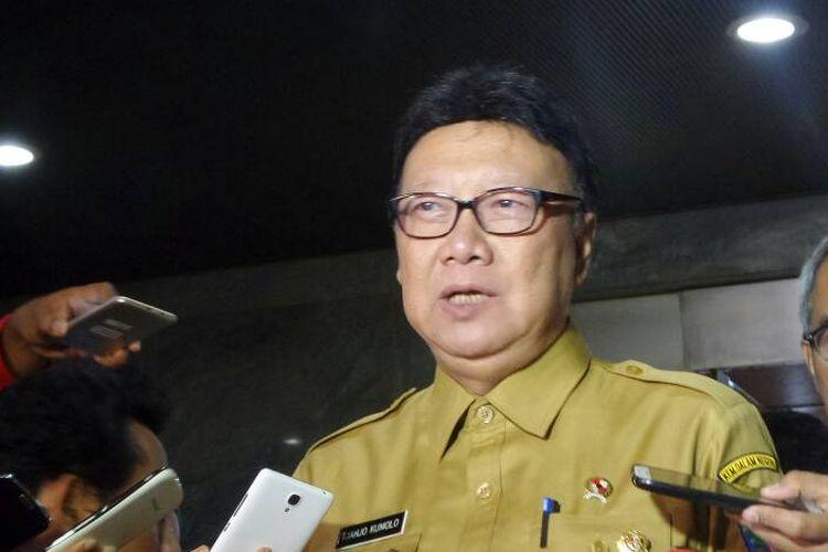 Menteri Dalam Negeri Tjahjo Kumolo di Kompleks Parlemen, Senayan, Jakarta, Selasa (30/5/2017).