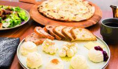 Makan Keju Sepuasnya di Minato Mirai Yokohama