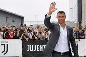 Pjanic Akui Juventus Bikin Kejutan dengan Rekrut Ronaldo