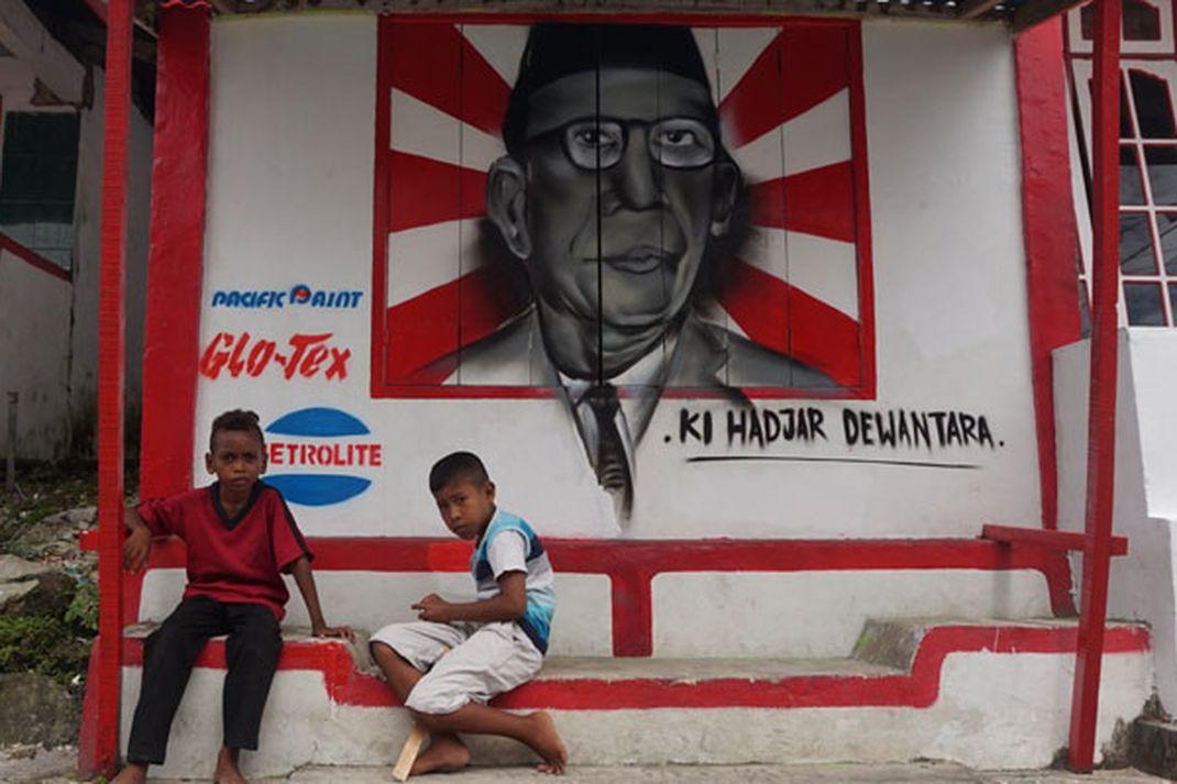 Travel - Kampung Merah Putih di Kota Tual