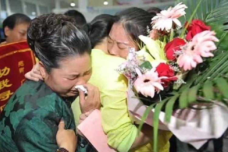 Diculik saat Masih Berusia 9 Tahun, Wanita Ini Akhirnya Bertemu dengan Orangtuanya Setelah 30 Tahun Mencari