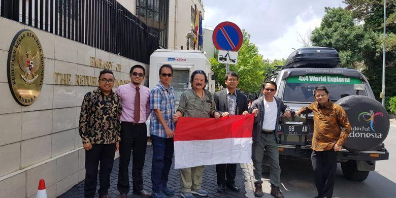 Tim ekspedisi Happy Go Lucky tiba di Ankara, Turki dan disambut pihak Kedubes Indonesia pada Senin (14/5/2018).