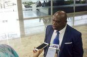Natalius Pigai Anggap Kecaman Staf Presiden Tak Level untuk Ditanggapi