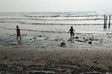 5 Fakta Minyak Pertamina Tumpah di Karawang, Keramba Ikan Terancam hingga Pasir Pantai Bau Minyak Tanah