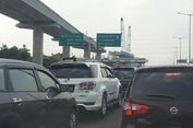 Titik Kemacetan di Tol Jakarta-Cikampek Siang Ini