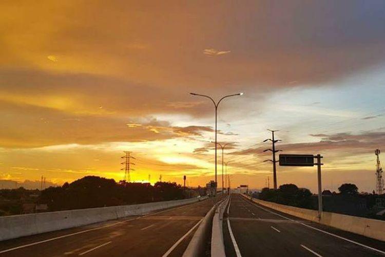 Salah satu ruas Jalan Tol Bogor Outer Ring Road (BORR) dari Kedung Badak ke Yasmin yang baru diresmikan.