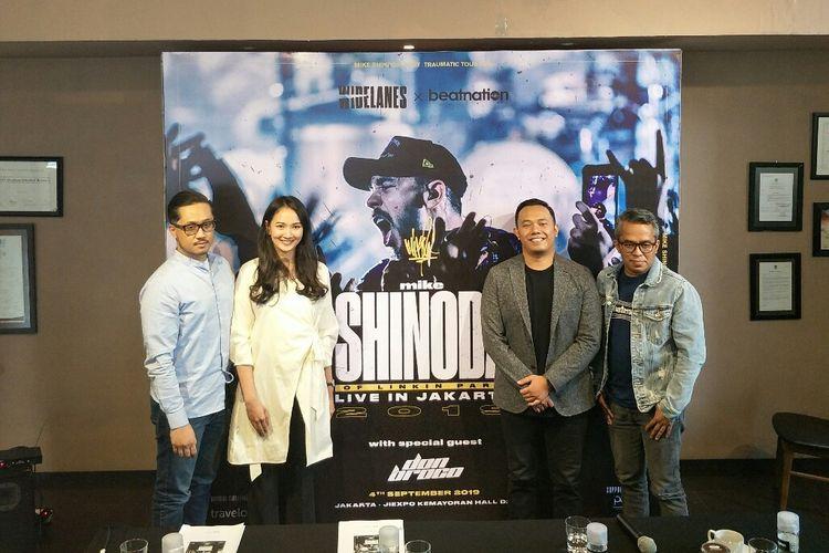 Perwakilan pihak penyelenggara dalam jumpa pers Konser Mike Shinoda di kawasan Kuningan, Jakarta Selatan, Rabu (26/6/2019).