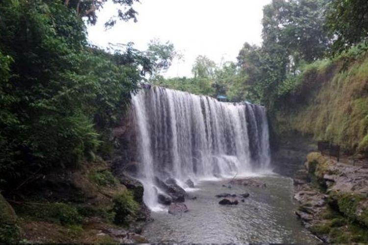Air Terjun Temam di Kota Lubuklinggau, Sumatera Selatan.