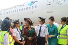 Cantiknya Menteri Susi dan Staf Garuda Berkebaya di Hari Kartini