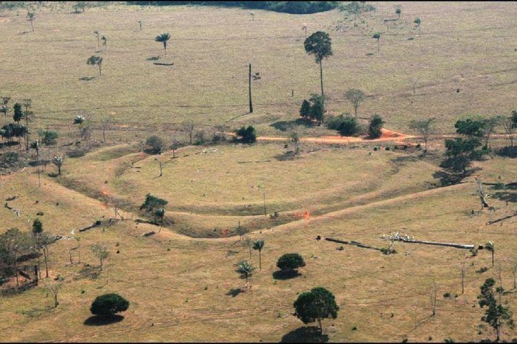 Foto udara dari salah satu struktur yang ditemukan para peneliti.