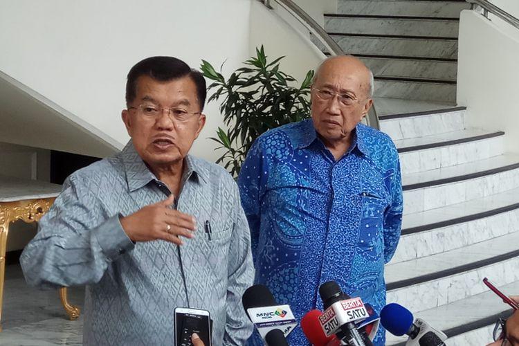 Wakil Presiden RI Jusuf Kalla yakin bahwa PT Freeport Indonesia (PTFI) akan menyepakati divestasi 51 persen sahamnya kepada Pemerintah Indonesia. Jakarta, Selasa (22/8/2017).